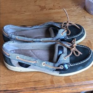 Sperry Shoes!!